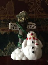 """Snowman with South Pole/North Pole lamp post, 3.5"""" Tall"""