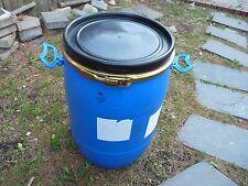 8 gallon BLUE PLASTIC Barrel / Drum + 2 handles+lid+ metal Clamp Ring A1A11