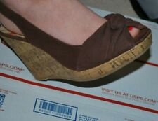 American Eagle Brown Canvas Wedge Sandal Size 7 W  Linny Peep Toe Payless