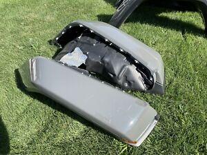 jeep Gladiator Overland Sport Jl oem fender flares Sting Grey W Lights