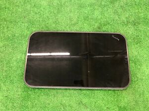 Volkswagen Touareg  Sunroof Moon Roof  Glass OEM (glass only) 7L0877055