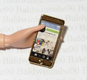 FEB~ GOLD BARBIE DOLL PLASTIC NIGHTTIME GLAMOUR CELL PHONE ACCESSORY FOR DIORAMA