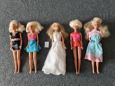 Barbie & Friends 5 originale Puppen von Mattel + Kleidung - Ältere Puppen Set 8
