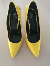 NEW Women's Shoes high heels size 8. Scene