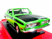 Road Signature 1979 Plymouth Barracuda Green 1/18 Model