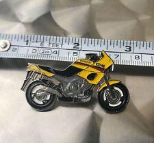 Motorrad PIN Yamaha TDM 850, TDM850, 3VD, badge, Anstecknadel, Fan Artikel
