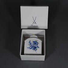 Meissen Teedose Deckeldose Blumen Insekten Dose tea lidded box blau gold