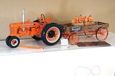 Franklin Mint Farmall H Tractor & Halloween Hayride Wagon 1/12 Menta en caja Mx