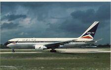 DELTA   AIRLINES  B-767-200   HQTS  ATLANTA GA AIRPORT    106