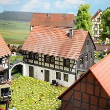 Busch 1505 HO (1/87): Vierkantshoeve: woonhuis