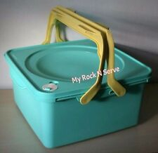 Tupperware Picnic Square  Keeper Container 9 Qt/ 9 Lt Ice Cream Mint Color, New