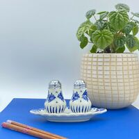 VINTAGE DELFT HOLLAND HAND PAINTED SALT & PEPPER SHAKER SET