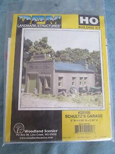 DPM HO #243-20100 (Schultz's Garage) Structure Kit