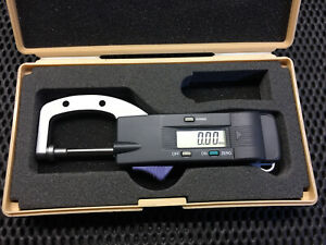Mitutoyo digital Thickness Gauge. 700-122. Uncalibrated