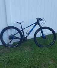 "2017 TREK SUPERFLY 6    15.5in   27.5""  aluminum mountain bike"