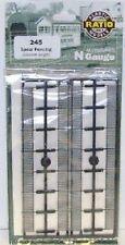 Ratio 245 GWR Spear Fencing Black Straights N Gauge