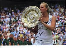 Petra Kvitova signé 12X8 Photo Wimbledon Champion AUTHENTIQUE AFTAL COA (A)