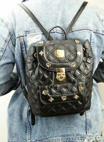 MCM Tasche Rucksack schwarz Steppoptik gesteppt Leder goldfarben Nieten small