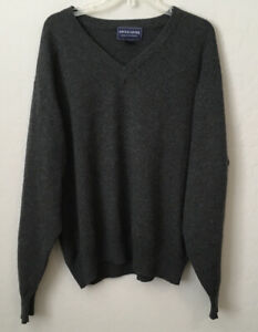 Davis & Squire Mens V Neck 100% Cashmere Sweater Large Charcoal Gray Pullover