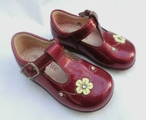 STARTRITE INFANT TILLY BURGUNDY PATENT LEATHER FLOWER DETAIL BUCKLE SHOES UK3F