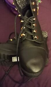 New look brand new size 5 boots with original label, paid 29.99