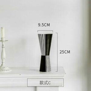 Nordic Creative Black And White Ceramic Vase Abstract Style Flower Arrangements