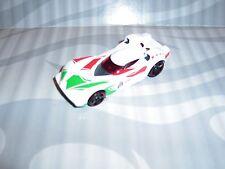 2014 Hot Wheels ''Sciolto'' = Scoopa di Fuego = Bianco