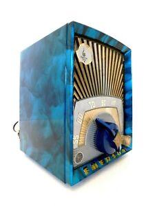 VINTAGE 40s RESTORED EMERSON ART DECO & SWIRLED CATALIN COLORS BAKELITE RADIO