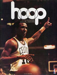 1974-75 NBA BOSTON CELTICS vs. PHILADELPHIA 76ers GAME PROGRAM (UNSCORED) VF/NM