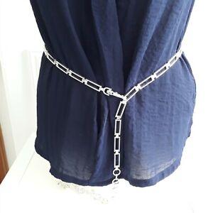 Silver tone skinny metal chain link geometric belt mod Vintage style 60s Clip M