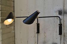 Magnifiques appliques en acier laqué noir et laiton - Design Années 50