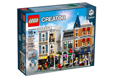 New LEGO 10255 Creator Assembly Square Modular FREE SHIPPING!