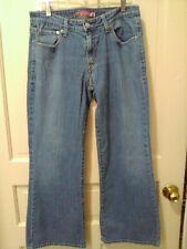 VGC Levi's Jeans 519 Low Flare Medium Wash sz 11S 99% Cotton 1% Lycra I-12