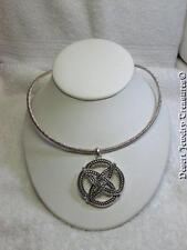 Avon 2004 Celtic Knot Motif Pendant Silver Tone Collar Necklace NOS
