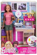 BARBIE ZOO DOCTOR DOLL & PLAYSET DVG11 *NEW*