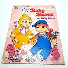 Cry Bébé Haricots Et Biffy Papier Poupée Avec / Tenues 1973 Whitman Uncut