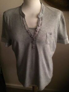 BNM GREY CASUAL  T SHIRT STRIPED DETAIL ON FRONT & ARMS SIZE M