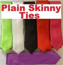 Corbatas, pajaritas y pañuelos de hombre negro liso