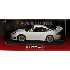 AUTOart 1/32 Slot Car Porsche 911 GT3R (996) White 13076