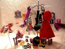 Monster High clothes,accessories lot Ever After,1st wave Ghoulia,Lagoona,Spectra