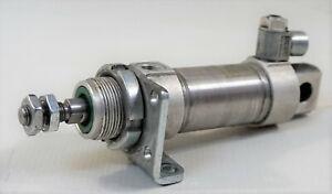 Festo DSNU-32-25-PPS-A Rundzylinder 559295 Luftzylinder Pneumatik-Zylinder
