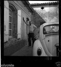 Voiture ancienne Volkswagen Coccinelle  - Négatif photo ancien - an. 1960