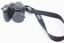 Fujifilm Finepix S1000 Camera