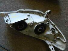 Toyota Metrix Headligt Left OEM with bulbs