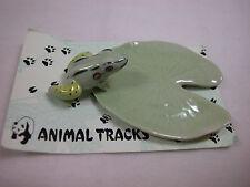 Xmas Closeout Porcelain Miniature Animal Fish Pond Frog on Lotus #803