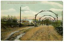 Providence RI -DRIVEWAY AND ENTRANCE TO BOYDEN HEIGHTS - Postcard
