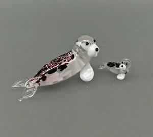 9912202-x kleine Glas Figuren Robbe Seehund Mama +Baby L6u.2cm mundgeblasen