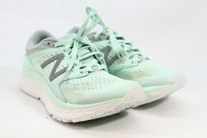 New Balance Fresh Foam 1080 V8 Women's Light Green Sneakers 5.5W (ZAP7909)