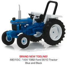Greenlight DOWN on the FARM Series 1   1982  Ford 5610 tractor
