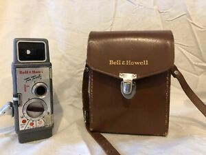 Vintage Bell & Howell 220 Two Twenty 8mm Movie Camera w/ Leather Case